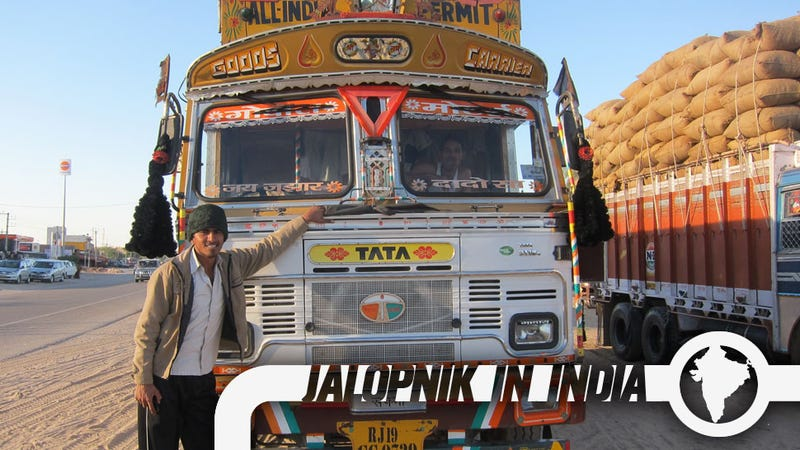 Illustration for article titled The Amazing Decorated Trucks Of India
