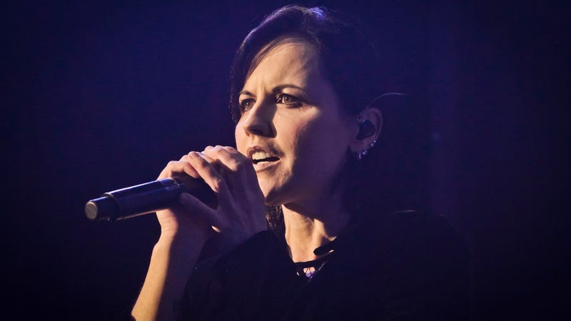"Illustration for article titled Cranberries singer Dolores O'Riordan died in a ""tragic accident,"" coroner reveals"
