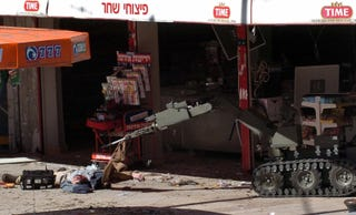 Illustration for article titled Israeli Bomb Disposal Robot Has a Terrible Job Cleaning Up After Humans