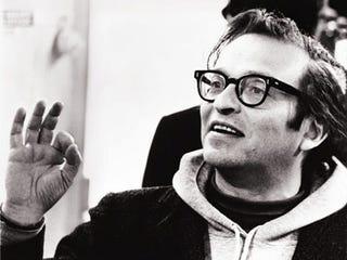 Seminal filmmaker Sidney Lumet dies at 86.