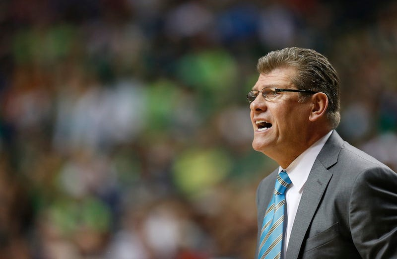 Illustration for article titled NCAA: Geno Auriemma's Phone Call To Mo'ne Davis Was A Violation