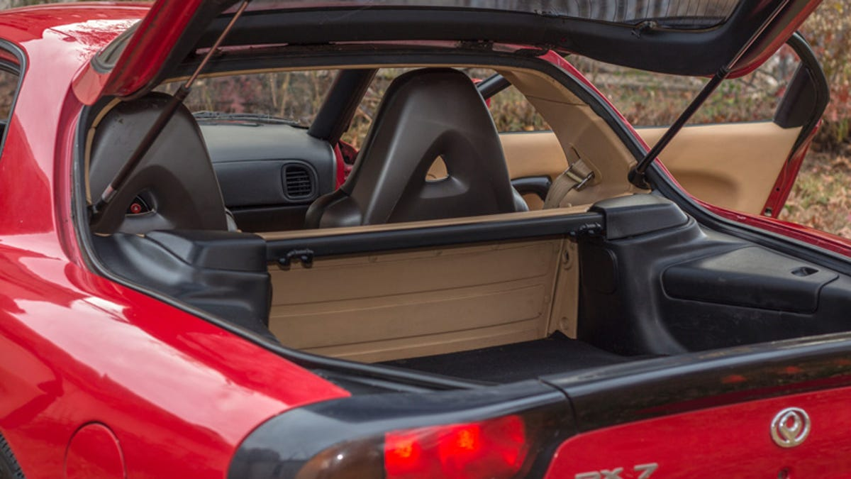 Here's How I Bought And Sold A Mazda RX-7 That Sat In A Yard For A