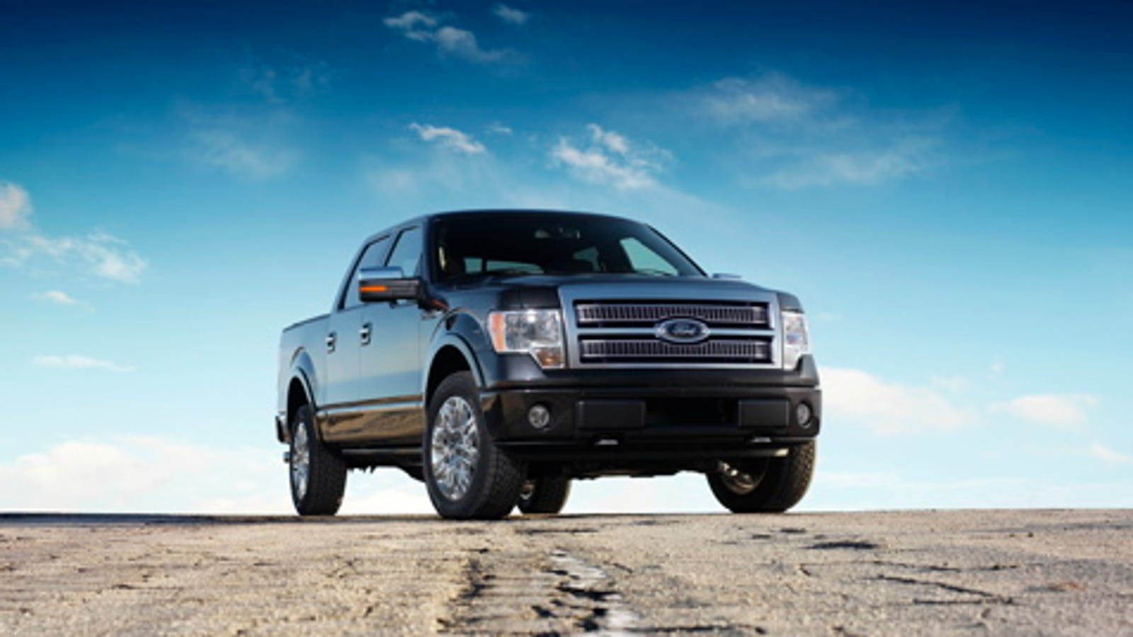 2009 ford f 150 xlt 4x4 towing capacity
