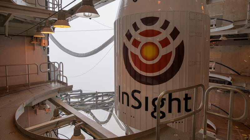 Illustration for article titled NASA's InSight Lander Is On Its Way to Mars