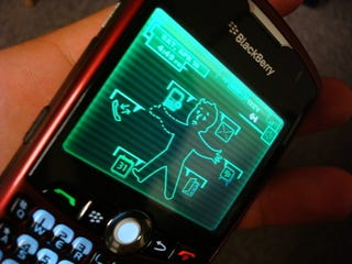 Illustration for article titled Fallout 3 Pip-Boy Blackberry Skin Does What iPhone Can't