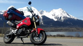 Illustration for article titled ​This Nutty Bastard Rode A Honda Grom From Portland To Alaska