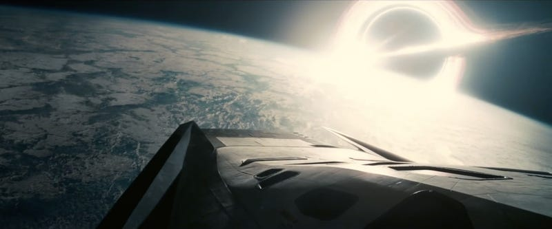 Illustration for article titled The Most Stunningly Beautiful Images From The New Interstellar Trailer