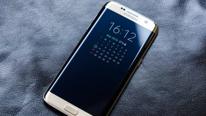 Don't Ditch Your Galaxy S7, Give It an (Android 8 0) Oreo
