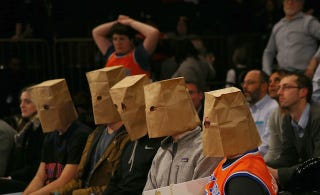 Illustration for article titled Knicks Fans Have Finally Reached For The Paper Bags