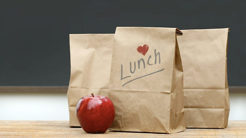 Illustration for article titled Pittsburgh-Area High School Students Tweet About How Awful Their School Lunches Are