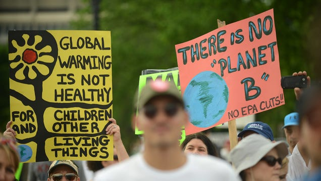The Trump Administration Still Can't Stop Kids' Lawsuit Over Climate Change