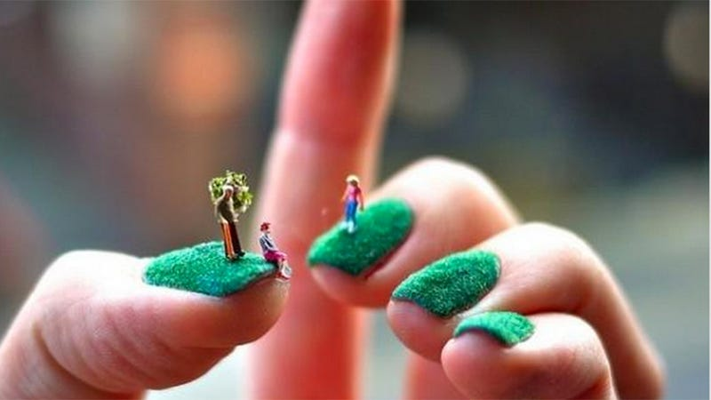 This is the most beautiful and impractical nail art youve ever seen prinsesfo Image collections