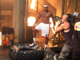 Illustration for article titled Here Are Some Clips Of LeBron And The Heat's Video Shoot To Laugh At
