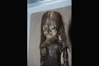 Illustration for article titled The World's Oldest Mummies Are Suddenly Turning Into Black Goo