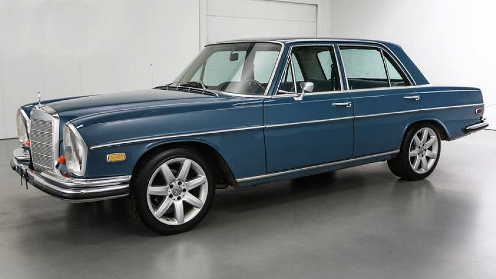For $9,900, Could This Corvette-Powered 1968 Mercedes-Benz 250SE Be