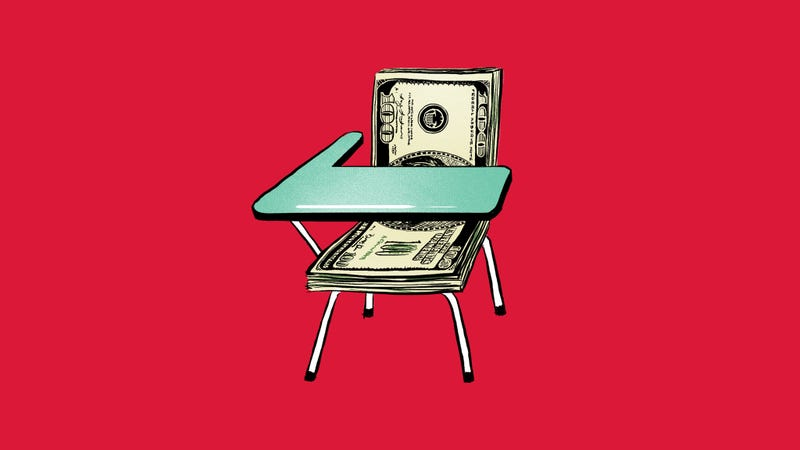 Illustration for article titled The Sneaky, Hidden Costs of College Life (and How to Save)