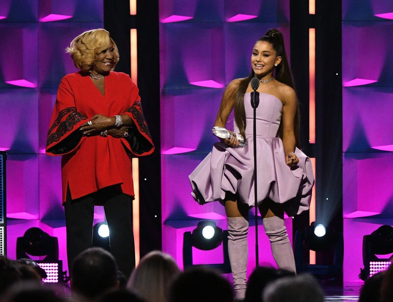 Illustration for article titled Did Patti LaBelle Just Cordially Invite Ariana Grande to the Cookout?