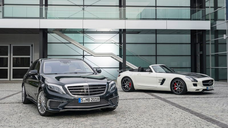 Illustration for article titled S 65 AMG And SLS AMG GT Final Edition In Tokyo And Los Angeles