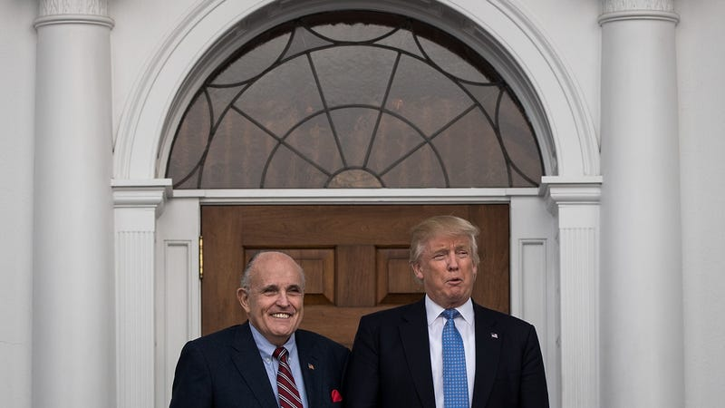 Illustration for article titled Trump and Giuliani Reportedly Came Up With Plan to Disclose Stormy Daniels Repayment All by Themselves [Updated]