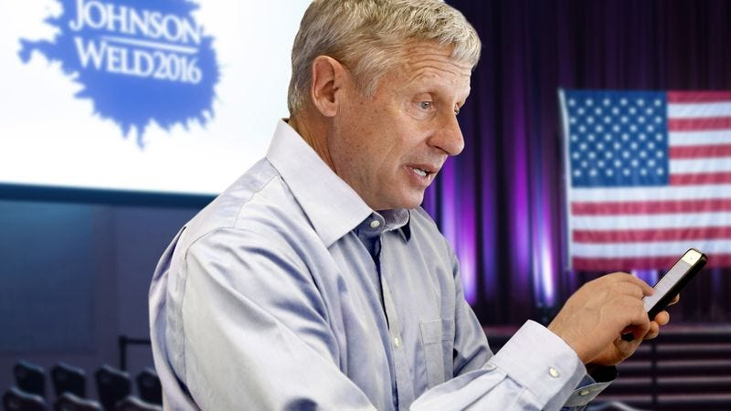 Illustration for article titled Campaign Setback: Gary Johnson's Phone Is Almost Out Of Data