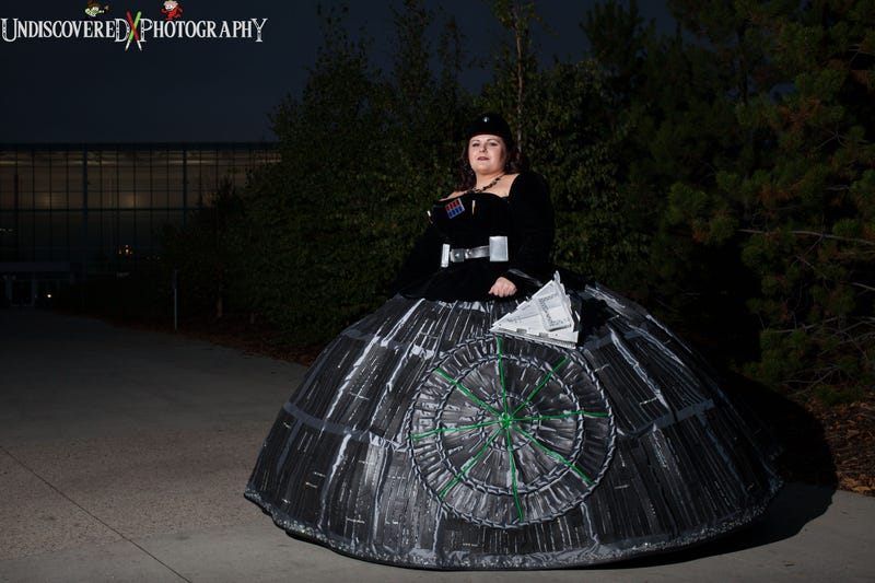 Illustration for article titled This Woman Made A Death Star Dress. All Other Dresses Are Inferior.