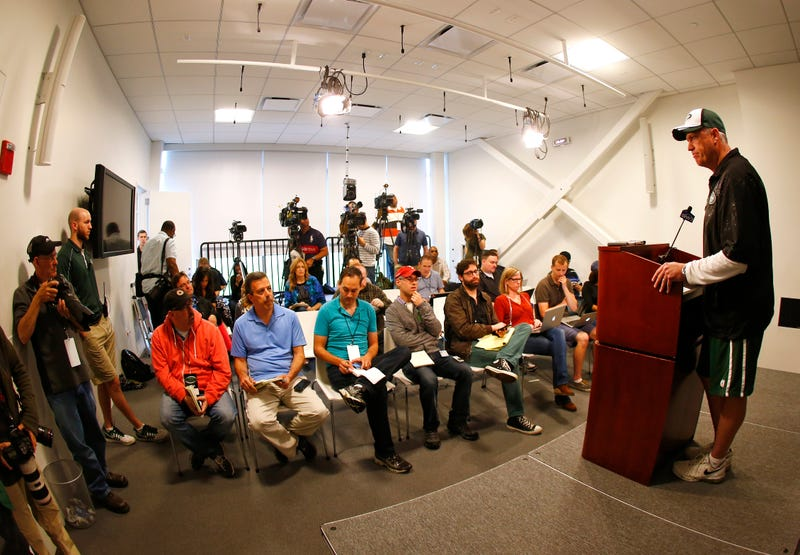 Illustration for article titled Rex Ryan Turns The Tables, Has Reporter Hold Press Conference