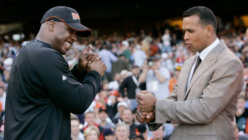 Illustration for article titled Barry Bonds Says It's Insane That Anyone Isn't Rooting For A-Rod