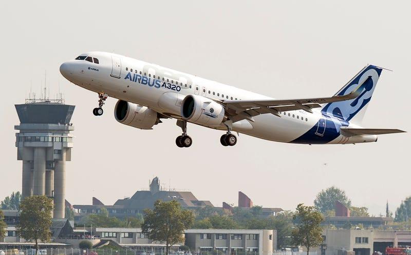 Illustration for article titled El Airbus A320neo despega por primera vez en vuelo de prueba