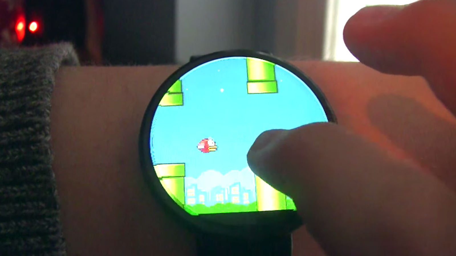 Era inevitable: ya puedes jugar a Flappy Bird en tu reloj Android Wear