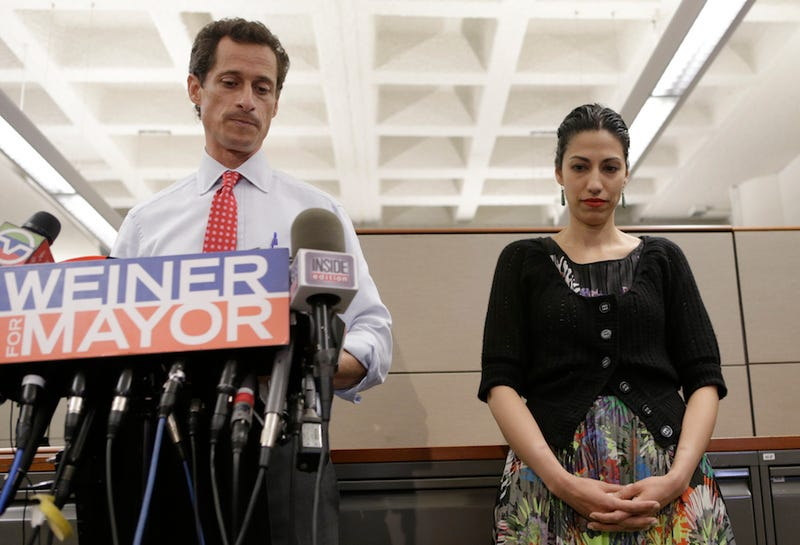 Weiner and Abedin in a press conference after sexting scandal number two: AP