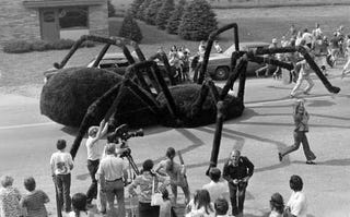 Illustration for article titled Spider from 'The Giant Spider Invasion' stolen & sold for scrap