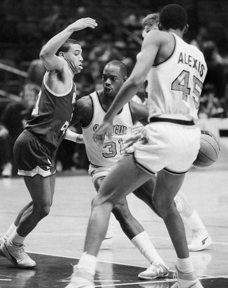 Let s Remember Pearl Washington A Godfather The Crossover Dribble