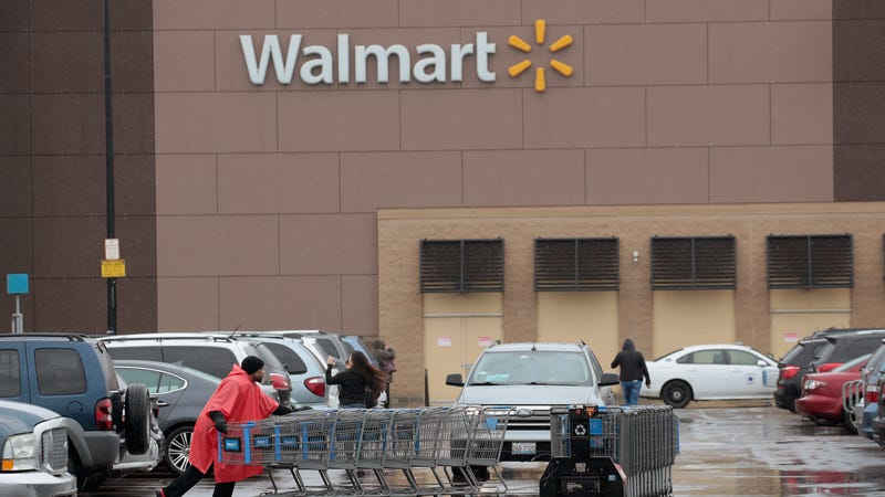 Illustration for article titled Walmart dubs Cosmo too sexy for its checkout lines