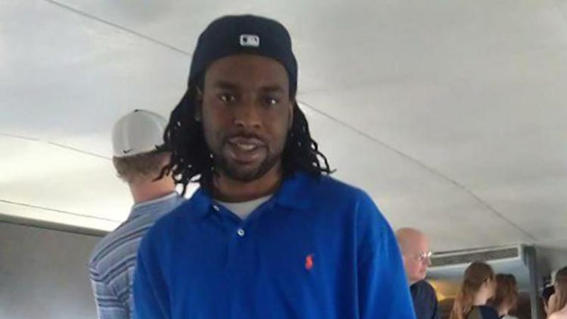 Jury still deliberating in case of officer who shot Castile