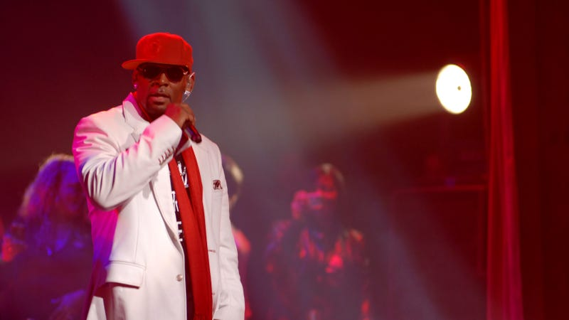 R. Kelly performs on October 16, 2009 in New York City.