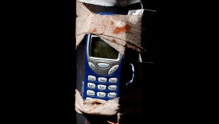 Illustration for article titled How Cellphone Jammers Are Helping Us Win the Iraq War