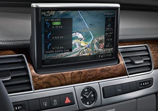 Illustration for article titled Audi A8: World's First Google Earth-Enabled In-Car Nav System