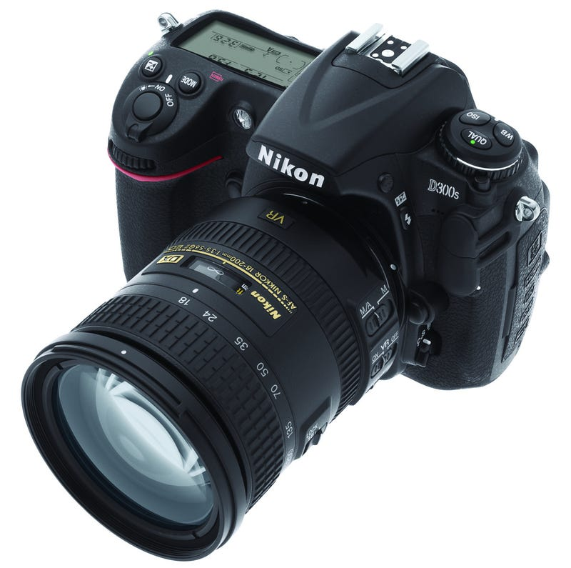 Illustration for article titled Nikon D300s DSLR Adds 720p HD Video With Stereo Input, SD Slot to D300