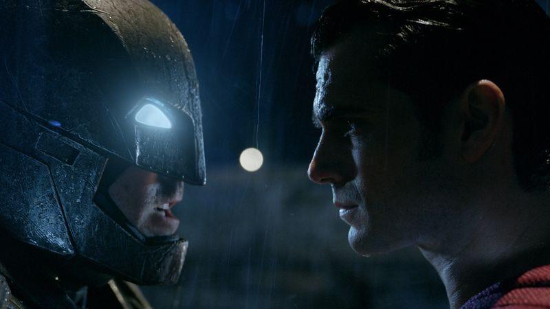 Warner Bros. threatens film snobs with 70mm Batman V Superman