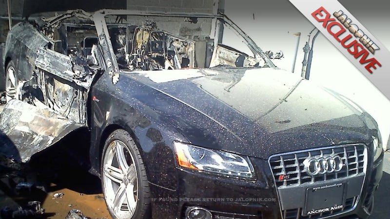 Illustration for article titled Thieves Couldn't Steal This Audi S5 So They Torched It