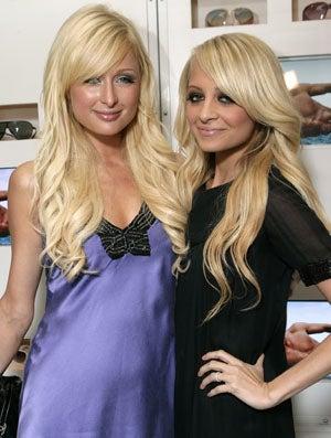 Illustration for article titled Nicole Richie Vs. Paris Hilton: Round 2,178