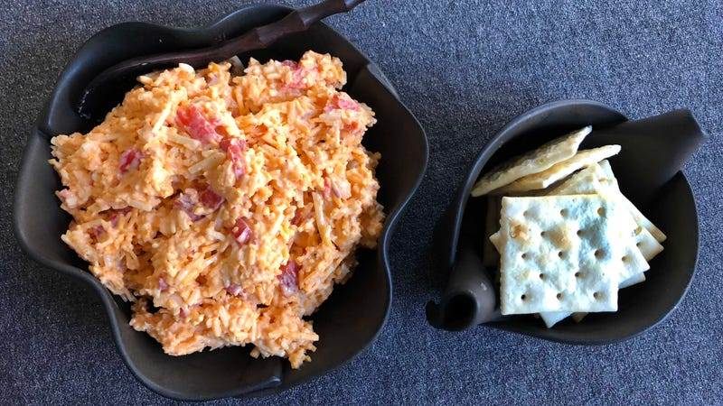 Illustration for article titled Kimcheese is the spicy Korean take on pimiento cheese your crackers deserve