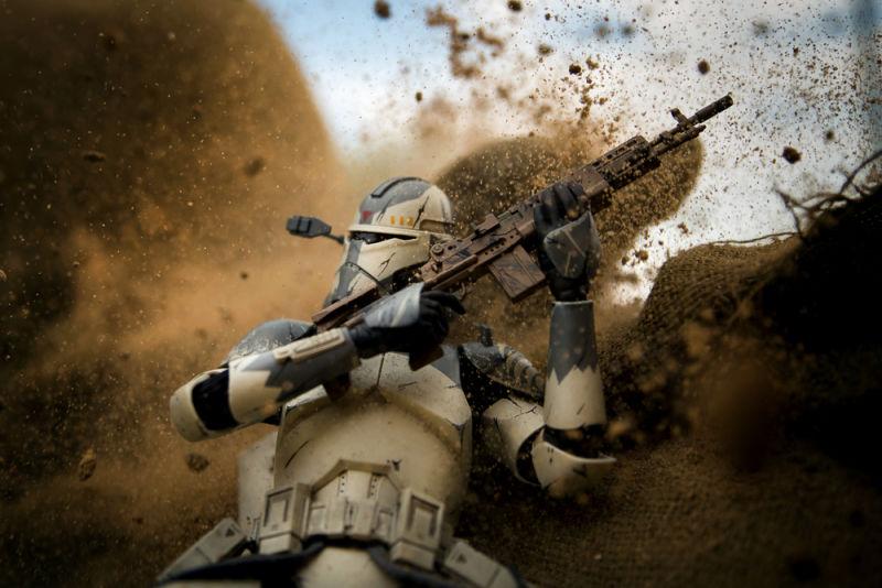 Illustration for article titled Galactic Warfighters Shows How a Photographer Recreates War With Action Figures