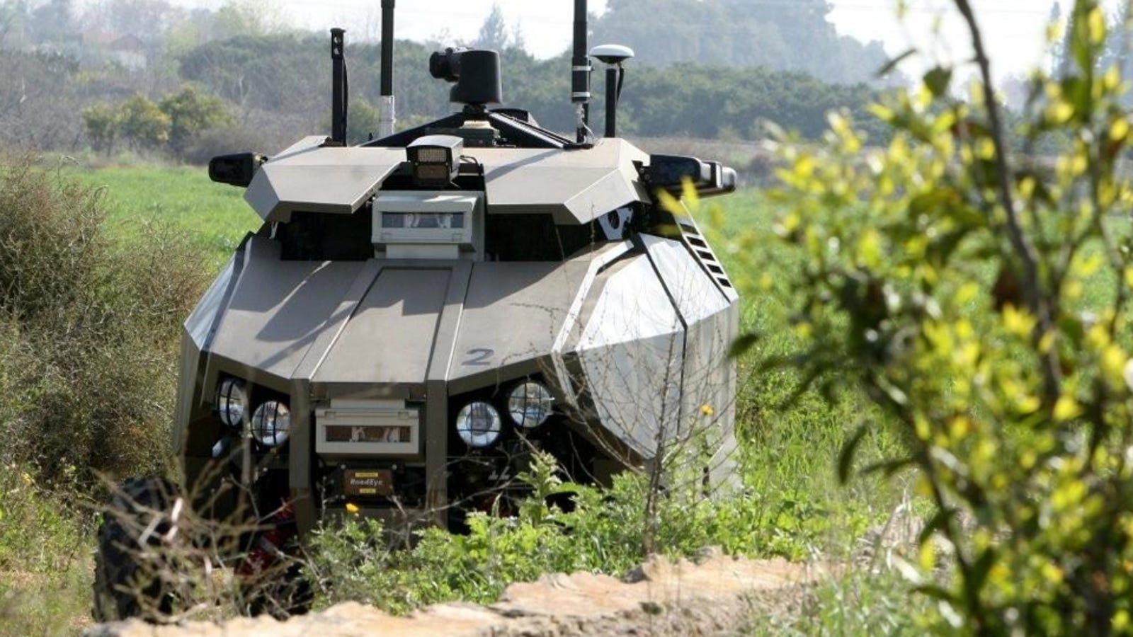 Israel Uses This Scary-Looking Unmanned Truck To Patrol ...