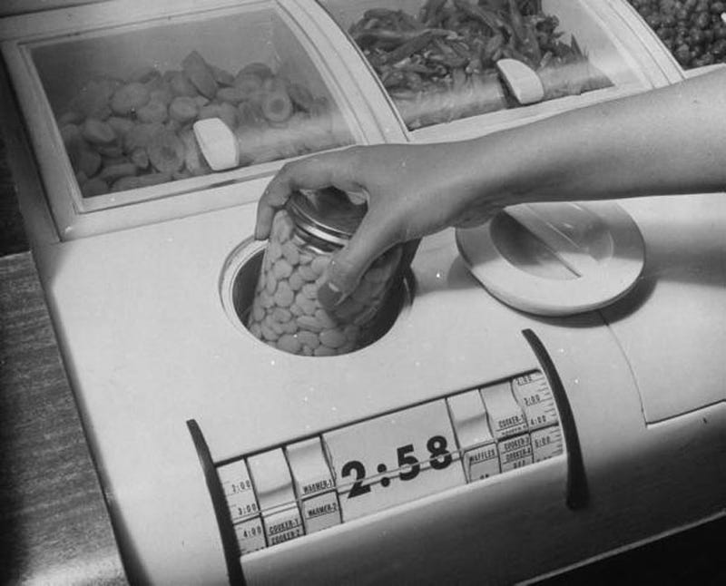Illustration for article titled The Kitchen of Tomorrow! (in 1943)