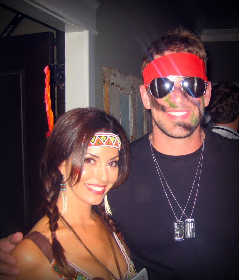 Illustration for article titled This Evening: Aaron Rodgers Was Rambo For Halloween