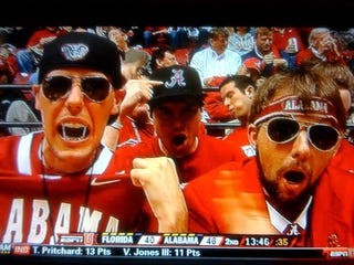 Illustration for article titled Thank The Lord This Crimson Tide Fan Left His Head-Gear At Home