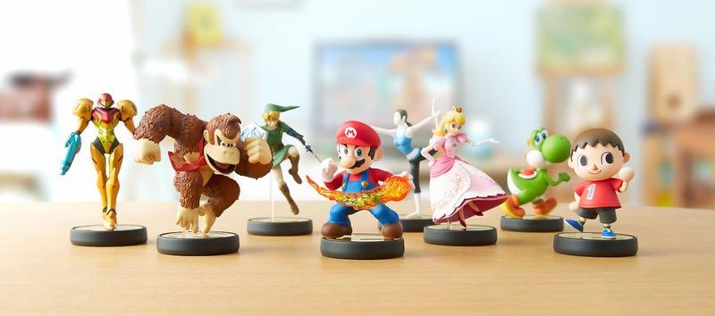 Illustration for article titled Nintendo's Little Plastic Figures Look Fantastic