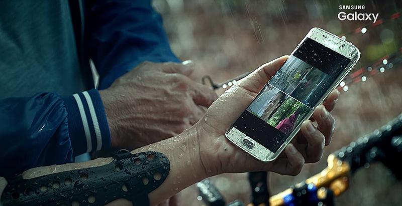 Illustration for article titled Resistente al agua y con carga inalámbrica: el Galaxy S7 se deja ver en un vídeo filtrado