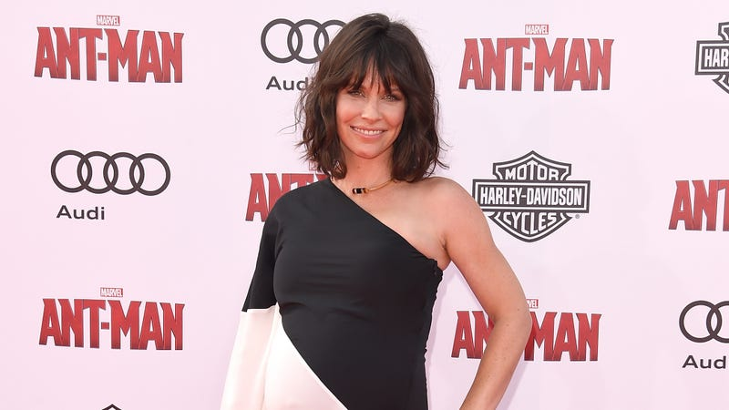 Evangeline Lilly shares first photo of her in costume as the Wasp